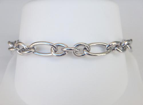 link-bracelet
