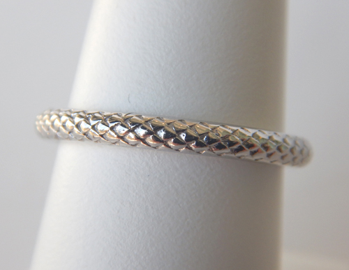 sterling silver patterned band