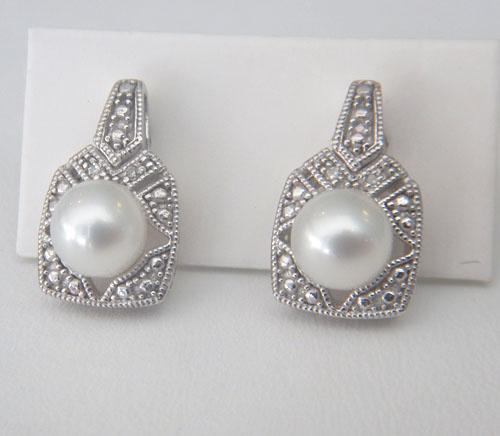 white gold art deco pearl earrings
