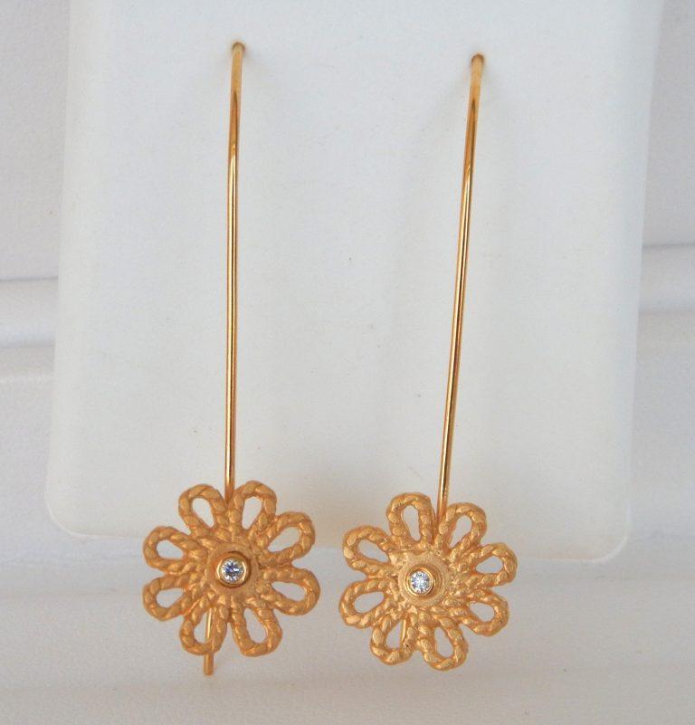 yellow gold diamond flower wire earrings