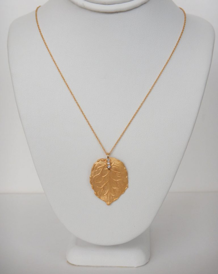 yellow gold diamond leaf necklace