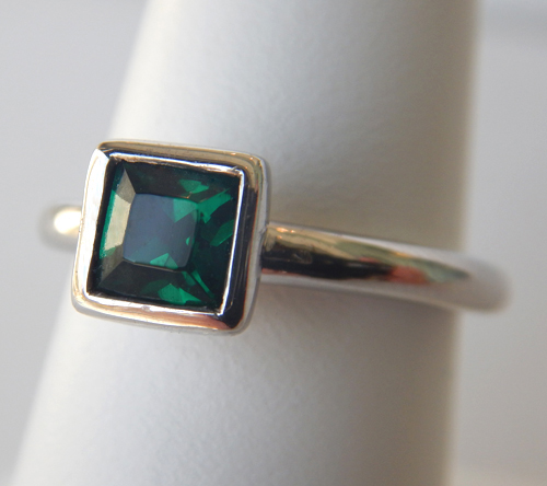 sterling silver green crystal ring