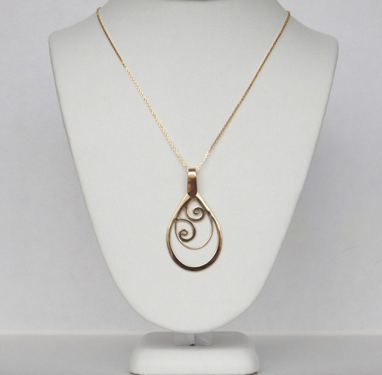 yellow gold swirl necklace