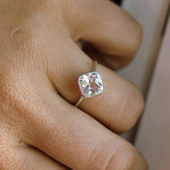 white-topaz-ring