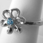 sterling silver blue topaz flower ring