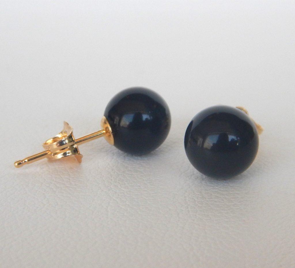 yellow gold black onyx stud earrings