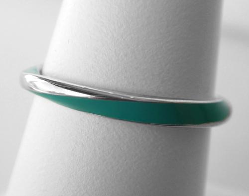 sterling silver green enamel twist band