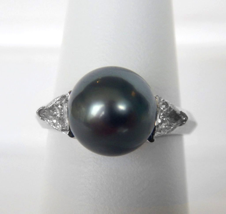 white gold tahitian pearl and diamond fashion ring