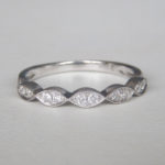 scalloped milgrain diamond band in white gold