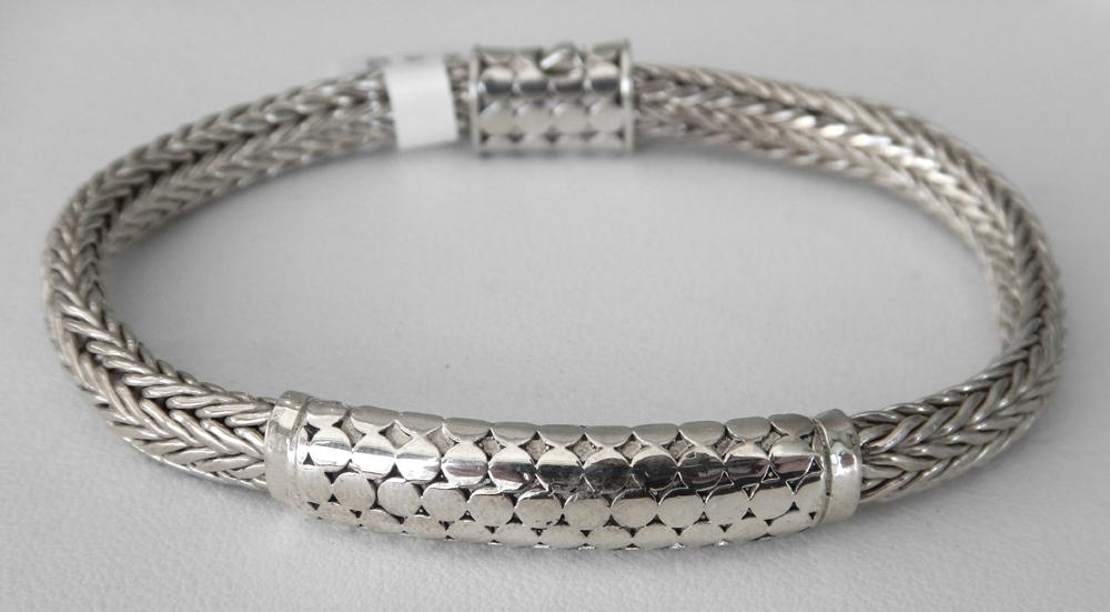 non tarnished silver bracelet