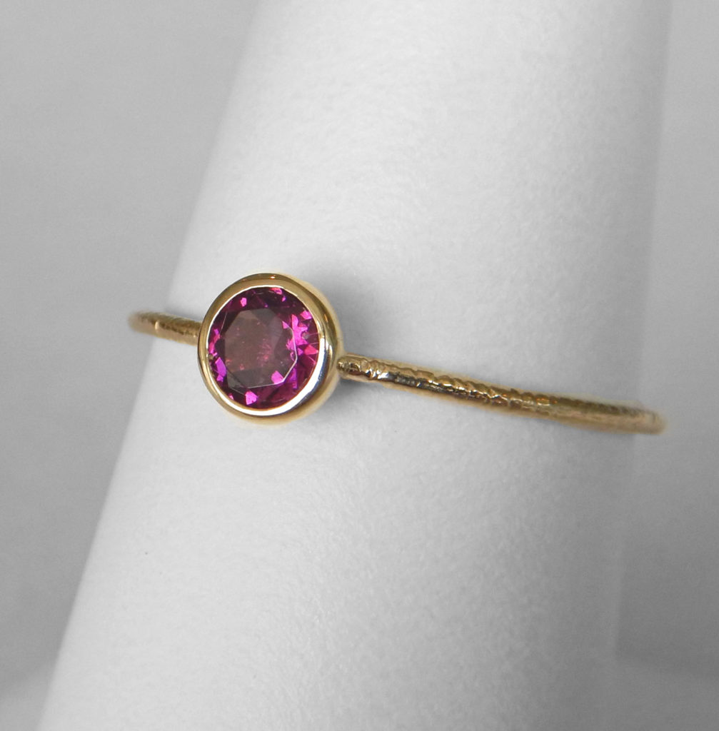 rhodolite ring rings gold diamonds in rose garnet with