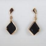 yellow gold onyx earrings