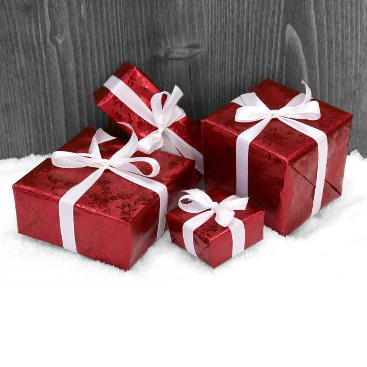 image of wrapped christmas presents