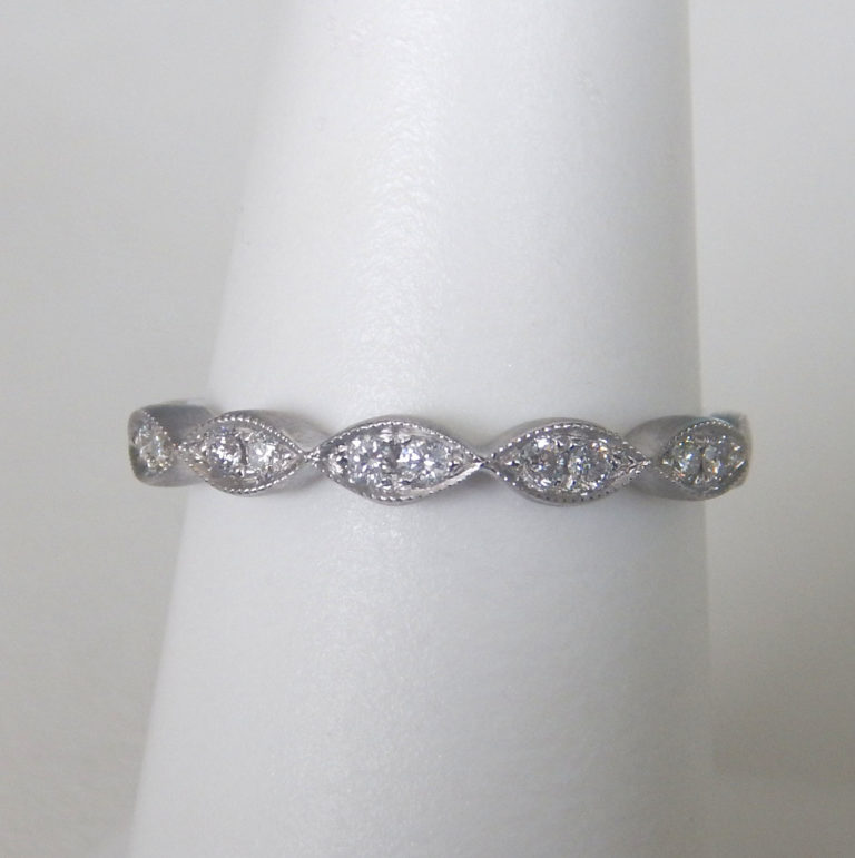 white gold milgrain scalloped diamond band