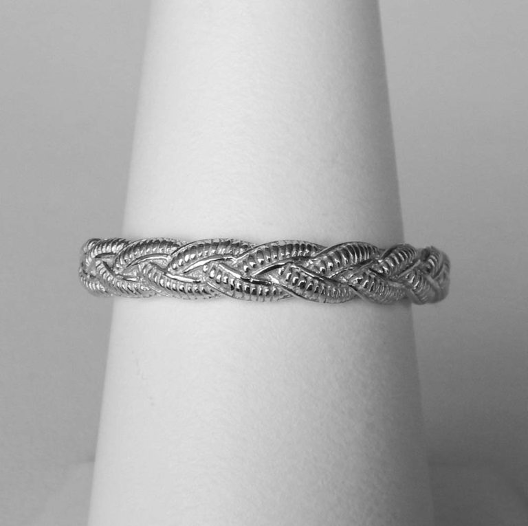 sterling silver twisted band ring