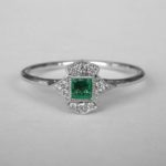 white gold emerald and diamond art deco ring