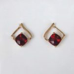 yellow gold garnet earrings