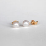 small yellow gold akoya pearl studs