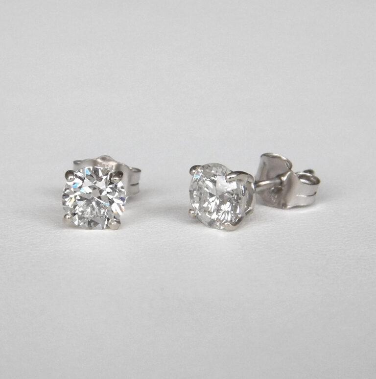 white gold round diamond studs