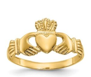 yellow gold claddagh ring