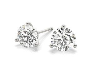 three prong diamond stud earrings