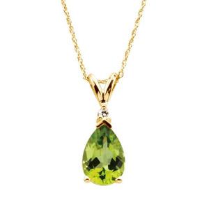 yellow gold pear shape peridot and diamond pendant